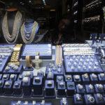 VÍDEO: Intentan robar en una joyería, pero aquella no era una tienda cualquiera