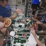 La ingravidez no es un problema si extrañas tu comida preferida: Así cocinan pizza en la EEI (VÍDEO)