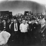 El hombre enjuiciado por enseñar la evolución en 1925
