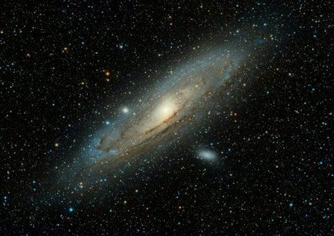 La galaxia de Andrómeda devorará la Tierra