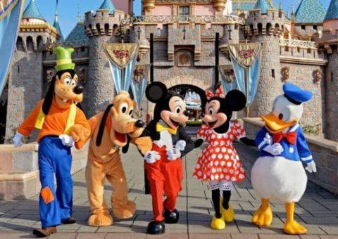 Familia casi pierde el viaje a Disney, por no tener autorización de viajar a Estados Unidos